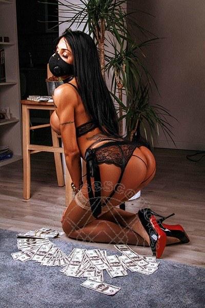 Juliana Soares  TORINO 389 9842969
