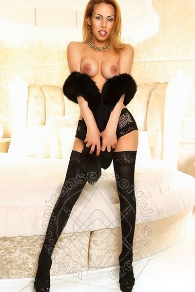Melissa Lavigne  VOGHERA 380 4618101