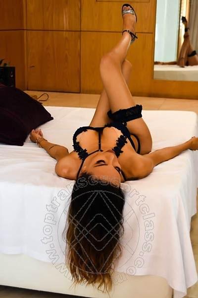 Fernanda Tavares  REGGIO EMILIA 366 7013803