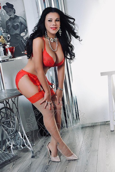Elena  PORDENONE 327 2610799